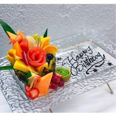 お誕生日のフルーツプレート