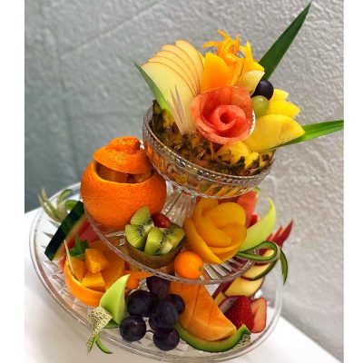 3段のフルーツプレート
