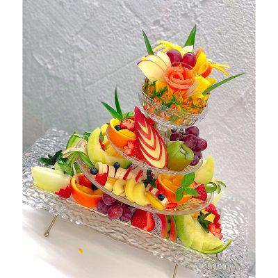 4段のフルーツプレート