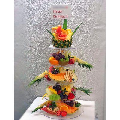 5段のフルーツプレート